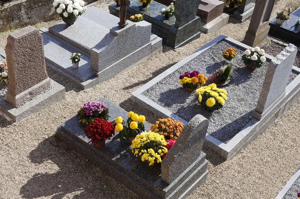 Agenzia pompe funebri a dolo venezia cracas andrea for Arredi cimiteriali